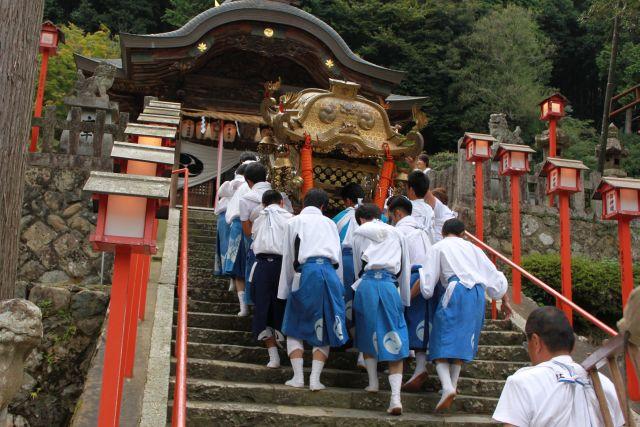 また来年も若宮神社で会いましょう。